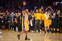 13.04.2016. Los Angeles, California, USA. KOBE BRYANT waves to fans following his final shot and after scoring 60 points in the final game of his career against the against the Utah Jazz