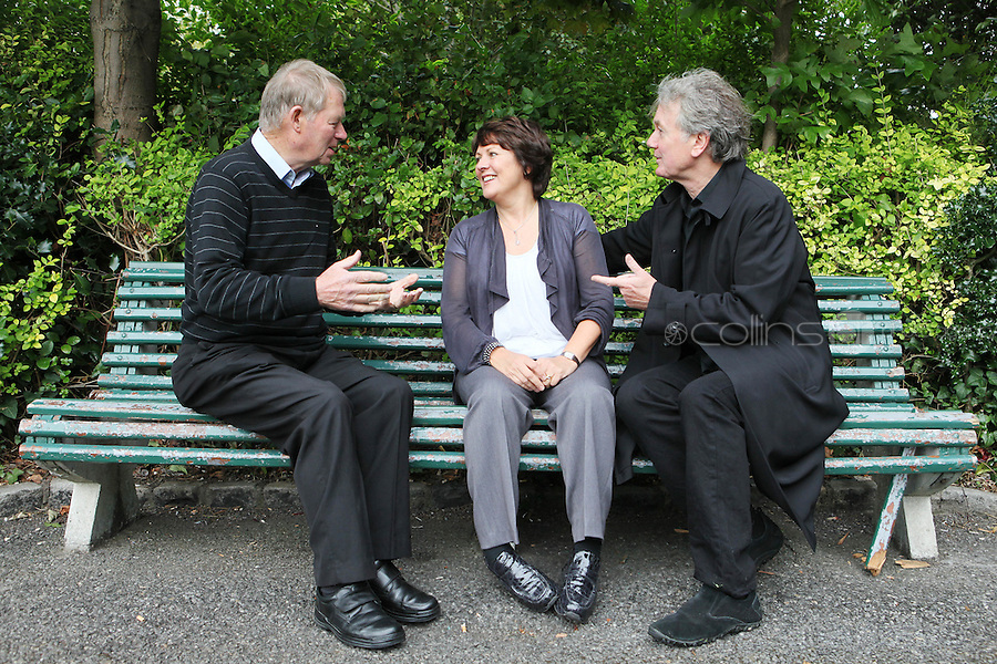 "NO REPRO FEE. World Alzheimer Day launch. RTE presenter Micheál O'Muircheartaigh, Minister for Older People Aine Brady T.D.and Fair City's Bryan Murray are pictured in Merrion Square Dublin to discuss a landmark report entitled ""Dementia: It's time for action!"" to mark  World Alzheimer's Day 21 September. Picture James Horan /Collins Photos"