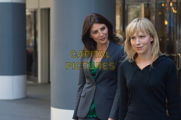GINA BELLMAN & BETH RIESGRAF.in Levrage.(Season 1, Episode 1: The Nigerian Job).*Filmstill - Editorial Use Only*.CAP/FB.Supplied by Capital Pictures.