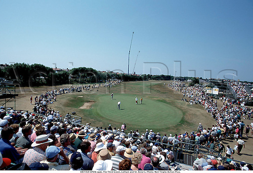 BRITISH OPEN 1996, The Third Green, Lytham and St. Anne's. Photo: Neil TIngle/Action Plus....golf .course.spectators.crowd.courses.venues venue.green greens.1996.scotland