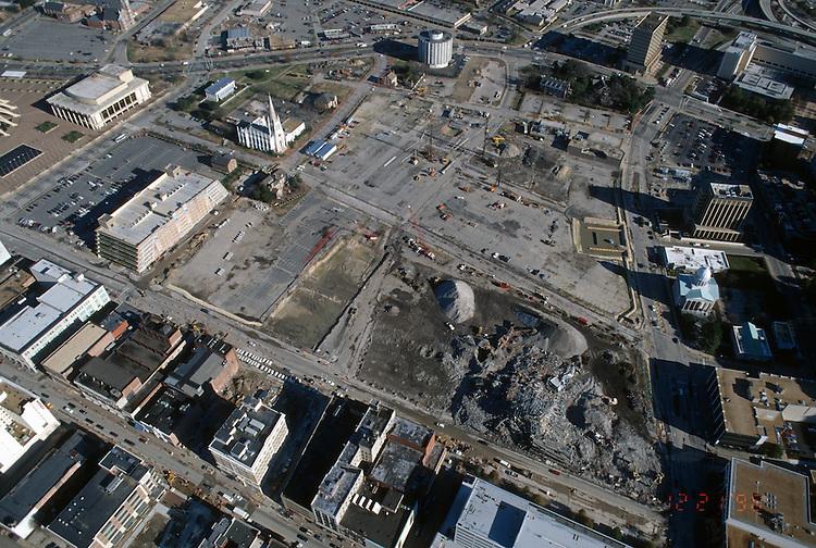 1996 December 20..Redevelopment..Macarthur Center.Downtown North (R-8)..LOOKING EAST..NEG#.NRHA#..
