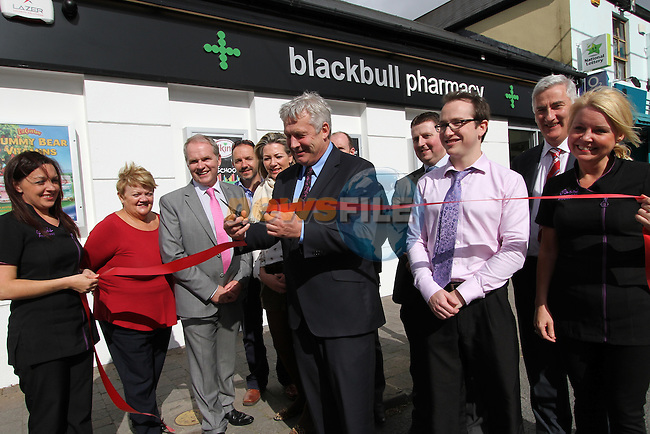 Minister for State Fergus O'Dowd Opens Back Bull Pharmacy...Photo NEWSFILE/Jenny Matthews.