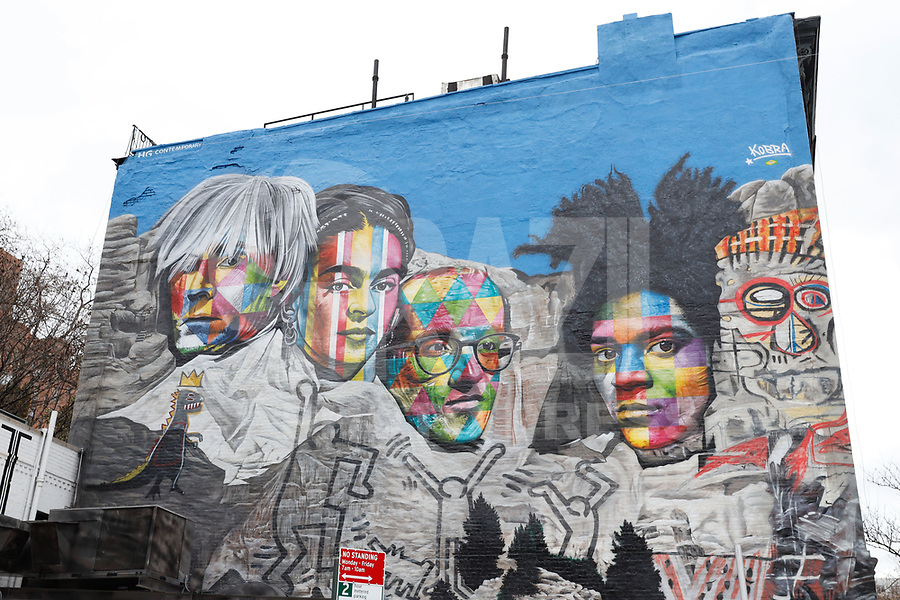 NOVA YORK, EUA - 30.11.2018 - ARTE-NOVA YORK - Mural Andy Warhol, Frida Kahlo, Keith Haring and Jean Michel Bastiquiat do artista brasileiro Eduardo Kobra é visto na Ilha de Manhattan em Nova York (Foto Vanessa Carvalho / Brazil Photo Press)