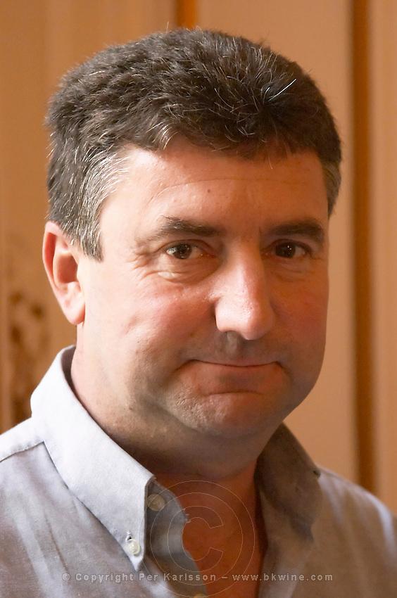 Frederic Vincent, president les vignerons d'estezargues rhone france