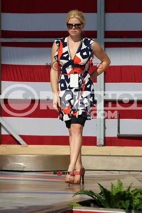 July 3, 2012-- Broadway Star Megan Hilty rehearses for A Capitol Fourth Concert on the lawn of the U.S Capitol in Washington D.C. Credit: mpi34/MediaPunch Inc. /*NORTEPHOTO.COM*<br /> *SOLO*VENTA*EN*MEXiCO* *CREDITO*OBLIGATORIO** *No*Venta*A*Terceros* *No*Sale*So*third* ***No Se*Permite*Hacer*Archivo** *No*Sale*So*third