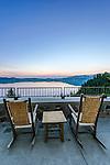 USA, OR, Crater Lake NP, Crater Lake Lodge Deck