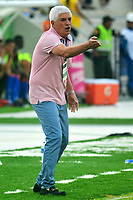 BARRANQUILLA - COLOMBIA - 03 - 12 - 2017: Julio Comensaña, técnico de Atletico Junior, durante partido de la fecha 2 entre Atlético Junior y Deportivo Pasto por la Liga Aguila II 2018, jugado en el estadio Romelio Martínez de la ciudad de Barranquilla. / Julio Comensaña, coach of Atletico Junior, during a match of the of the 2nd date between Atletico Junior and Deportivo Pasto for the Liga Aguila II 2018 at the Romelio Martinez stadium in Barranquilla city, Photo: VizzorImage  / Alfonso Cervantes / Cont.