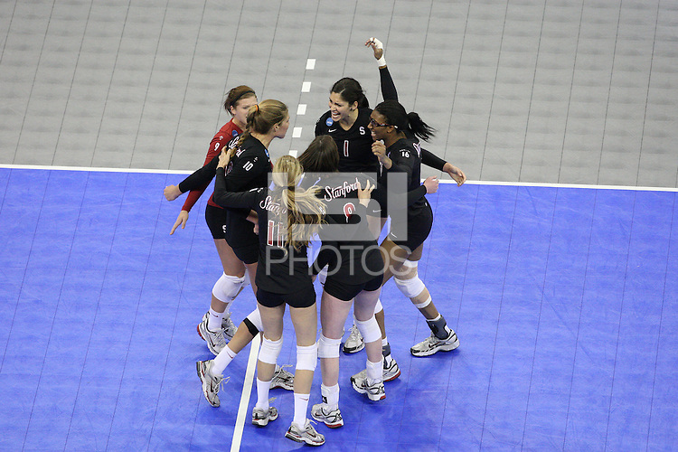 Omaha, NE - DECEMBER 20:  Libero Gabi Ailes #9, outside hitter Alix Klineman #10, defensive specialist Jessica Fishburn #11, outside hitter/setter Cassidy Lichtman #8, outside hitter Cynthia Barboza #1, middle blocker Foluke Akinradewo #16 of the Stanford Cardinal during Stanford's 20-25, 24-26, 23-25 loss against the Penn State Nittany Lions in the 2008 NCAA Division I Women's Volleyball Final Four Championship match on December 20, 2008 at the Qwest Center in Omaha, Nebraska.