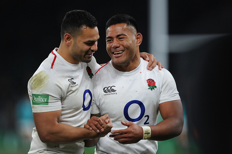 Ben Te'oand Manu Tuilagi of England enjoy the win after the Quilter International match between England and Australia at Twickenham Stadium on Saturday 24th November 2018 (Photo by Rob Munro/Stewart Communications)