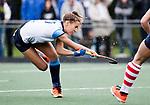 AMSTELVEEN - Carmel Bosch (Hurley). Hoofdklasse competitie dames, Hurley-HDM (2-0) . FOTO KOEN SUYK