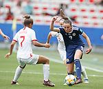 09.06.2019 England v Scotland Women: Caroline Weir attacks
