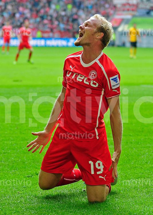 Fussball, 2. Bundesliga, Saison 2013/14, 7. Spieltag, Fortuna Duesseldorf - SG Dynamo Dresden, Sonntag (15.09.13), Duesseldorf, Esprit Arena. Duesseldorfs Tobias Levels wuetend.