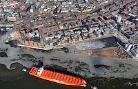Hamburg Hafencity Uebersicht: EUROPA, DEUTSCHLAND, HAMBURG, (EUROPE, GERMANY), 14.01.2012 Hamburgs Hafencity in der Uebersicht mit der Rio Blanco einem Schiff der Reederei Hamburg Sued