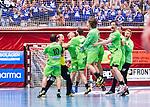 Eskilstuna 2014-05-15 Handboll SM-semifinal Eskilstuna Guif - Alings&aring;s HK :  <br /> Alings&aring;s spelare jublar framf&ouml;r Alings&aring;s supportrar efter slutsignalen<br /> (Foto: Kenta J&ouml;nsson) Nyckelord:  Eskilstuna Guif Sporthallen Alings&aring;s AHK SM Semifinal Semi jubel gl&auml;dje lycka glad happy