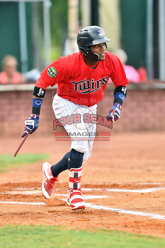 Elizabethton Twins second baseman Yunior Severino (22) runs to first base during game two of the Appalachian League Championship Series against the Princeton Rays at Joe O'Brien Field on September 5, 2018 in Elizabethton, Tennessee. The Twins defeated the Rays 2-1 to win the Appalachian League Championship. (Tony Farlow/Four Seam Images)