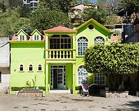 Pinal de Amoles Queretaro. Arquitectura Libre in the Sierra Gorda, Mexico
