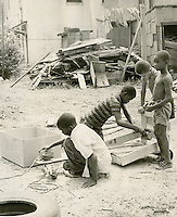 1968 August 29..Redevelopment.E Ghent North (A-1-2)..Children in East Ghent.Slum Conditions..Dennis Winston.NEG# DRW 68-25-1.NRHA#..