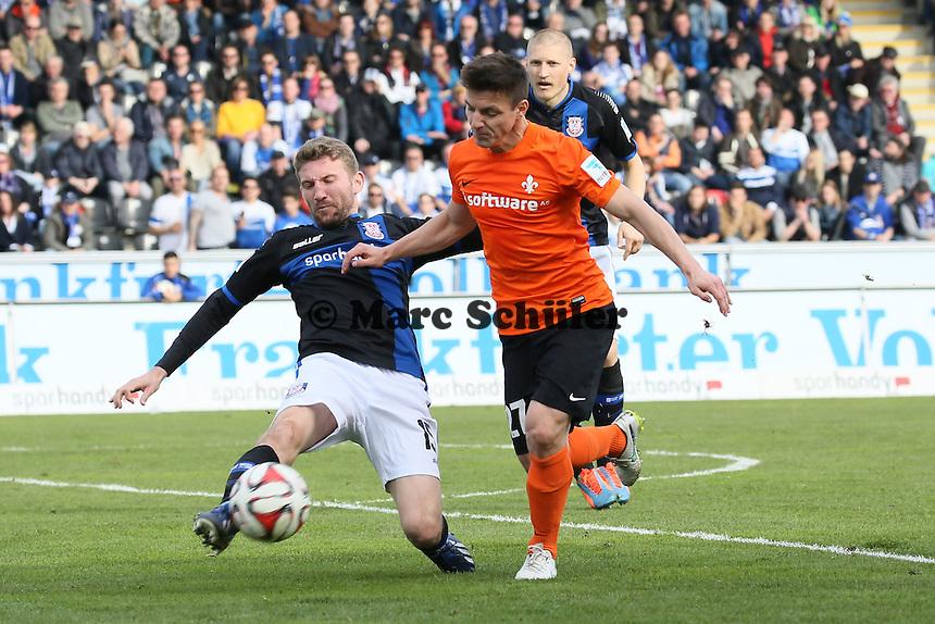 Alexander Huber (FSV) gegen Milan Ivana (SV98) - FSV Frankfurt vs. SV Darmstadt 98, Frankfurter Volksbank Stadion