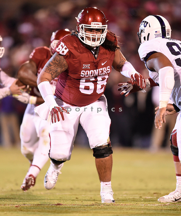 Oklahoma Sooners Jonathan Alvarez (68) during a game against the Texas Christian Horned Frogs on November 21, 2015 at Memorial Stadium in Norman, OK. Oklahoma beat Texas Christian 30-29.