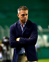 PALMIRA-COLOMBIA-26-01-2019: Lucas Pusineri, técnico de Deportivo Cali, durante partido de la fecha 1 entre Deportivo Cali y Atlético Bucaramanga, por la Liga Aguila I 2019, jugado en el estadio Deportivo Cali (Palmaseca) en la ciudad de Palmira. / Lucas Pusineri, coach of Deportivo Cali, during a match of the 1st date between Deportivo Cali and Atletico Bucaramanga, for the Liga Aguila I 2019, at the Deportivo Cali (Palmaseca) stadium in Palmira city. Photo: VizzorImage  / Nelson Ríos / Cont.