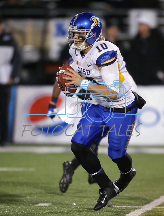 San Jose State's David Fales competes in an NCAA college football game against Nevada, in Reno, Nev., on Saturday, Nov. 16, 2013. (AP Photo/Cathleen Allison)