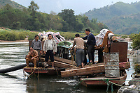 LAOS, Nam Ou river, chinese enterprise searching for gold, Nam Ou , is a branch of Mekong River