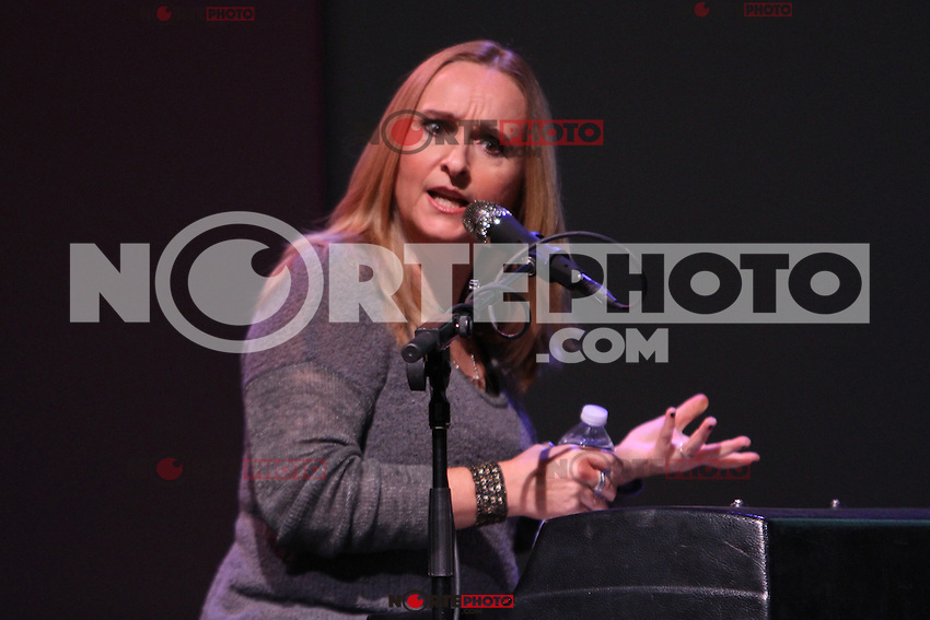 NEW YORK, NY - August 07, 2012 :Melissa Etheridge performs songs from her new CD 4TH Street Feeling at the Apple Store SoHo in New York City. &copy; RW/MediaPunch Inc. /Nortephoto.com<br />