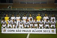 ATENÇÃO EDITOR: FOTO EMBARGADA PARA VEÍCULOS INTERNACIONAIS BARUERI,SP,22 JANEIRO 2013 - COPA SÃO PAULO JUNIORES - PALMEIRAS x SANTOS -Jogadores do Santos durante partida Palmeiras x Santos  válido pela semi finals da Copa São Paulo Juniores no Estádio Arena Barueri na noite desta terça - feira.(FOTO: ALE VIANNA -BRAZIL PHOTO PRESS).