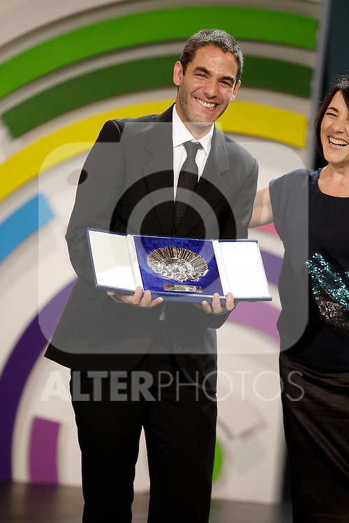 Director FERNANDO EIMBCKE receives the Best Director Award in the closing ceremony during the 61st San Sebastian Film Festival in the Northern Spanish Basque city of San Sebastian on September 27, 2013. (ALTERPHOTOS/Victor Blanco)