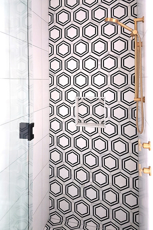 Pembroke stone waterjet mosaic shown in honed Calacatta, honed Thassos, and honed Nero Marquina, is part of The Studio Line of Ready to Ship mosaics.<br /> -photo courtesy of Trenzseater