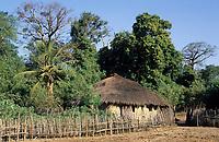 Afrique/Afrique de l'Ouest/Sénégal/Parc National de Basse-Casamance/Kabrousse ; Cases