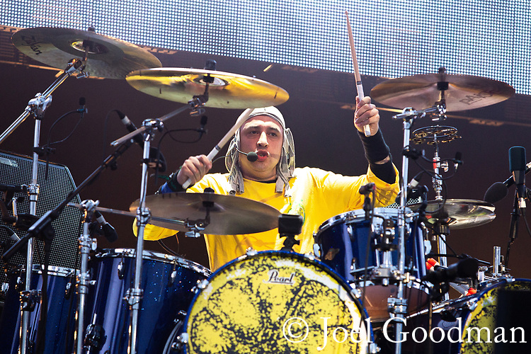 © Joel Goodman - 07973 332324 . 30/06/2012 . Manchester , UK . RENI ( Alan Wren ) performs at the Stone Roses Second Coming reunion gig at Heaton park in North Manchester . Photo credit : Joel Goodman