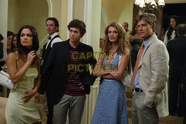 RACHEL BILSON, ADAM BRODY, MISCHA BARTON &.CHRIS CARMACK.in The O.C..Filmstill - Editorial Use Only.Ref: FB.www.capitalpictures.com.sales@capitalpictures.com.Supplied by Capital Pictures