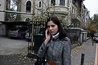 ROMANIA / Bucharest / 18 November 2009 / Street scene. © Davin Ellicson / Anzenberger