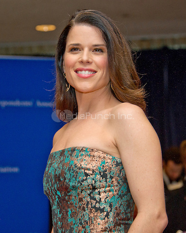 Neve Campbell arrives for the 2016 White House Correspondents Association Annual Dinner at the Washington Hilton Hotel on Saturday, April 30, 2016.<br /> Credit: Ron Sachs / CNP<br /> (RESTRICTION: NO New York or New Jersey Newspapers or newspapers within a 75 mile radius of New York City)/MediaPunch