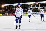 Stockholm 2013-11-26 Bandy Elitserien Hammarby IF - Edsbyns IF :  <br /> Edsbyn Jonas Edling ser nedst&auml;md ut efter matchen<br /> (Foto: Kenta J&ouml;nsson) Nyckelord:  depp besviken besvikelse sorg ledsen deppig nedst&auml;md uppgiven sad disappointment disappointed dejected