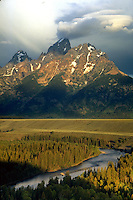 Sunrise, Snake River Overlook, Grand Teton National Park, Wyoming. Wyoming, Snake River Overlook, Grand Teton National Park.