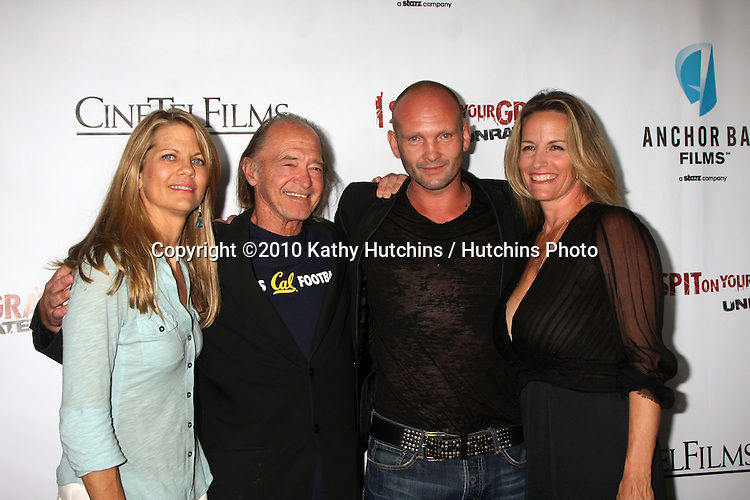 """LOS ANGELES - SEP 29:  Lisa Hansen, Tracey Walter, Andrew Howard & guest arrives at the """"I Spit on Your Grave"""" Premiere at Mann Chinese 6 Theaters - Hollywood & Highland on September 29, 2010 in Los Angeles, CA"""