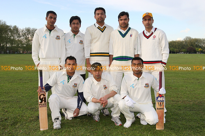 London Tigers CC - Victoria Park Community Cricket League - 28/04/09 - MANDATORY CREDIT: Gavin Ellis/TGSPHOTO - Self billing applies where appropriate - 0845 094 6026 - contact@tgsphoto.co.uk - NO UNPAID USE.