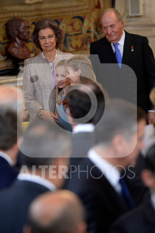 Princess Leonor of Spain (c-l) and Princess Sofia of Spain (c-r), Queen Sofia of Spain (l) and King Juan Carlos I of Spain attend the Order of Golden Fleece (Toison de Oro), ceremony at the Royal Palace . January 30,2018. (ALTERPHOTOS/Pool)
