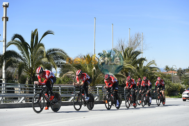 Lotto-Soudal team practice before the 1st stage of the race of the two seas, 52nd Tirreno-Adriatico by NamedSport a 22.7km Team Time Trial at Lido di Camaiore, Italy. 8th March 2017.<br /> Picture: La Presse/Fabio Ferrari | Cyclefile<br /> <br /> <br /> All photos usage must carry mandatory copyright credit (&copy; Cyclefile | La Presse)