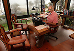 COCOA BEACH, FL - NOVEMBER 26, 2007: Al Neuharth, founder of USA Today and the Freedom Forum, poses for a photo while writing his weekly column in his office of his home in Cocoa Beach, FL. (Photo by Dave Eggen/Inertia/Freedom Forum)