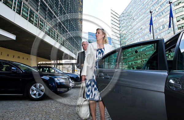BRUSSELS  -  BELGIUM  - 11 JULY 2011 --  Jutta URPILAINEN (le) Finance Minister of Finland leaving the European Commission with Jan STORE the Permanent Representative of Finland (Ambassador) to the European Union. --  PHOTO: Juha ROININEN /  EUP-IMAGES.20110711 HSTA