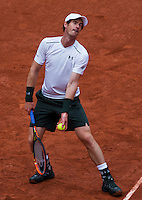 Paris, France, 23 june, 2016, Tennis, Roland Garros, Andy Murray (GBR) serving<br /> Photo: Henk Koster/tennisimages.com