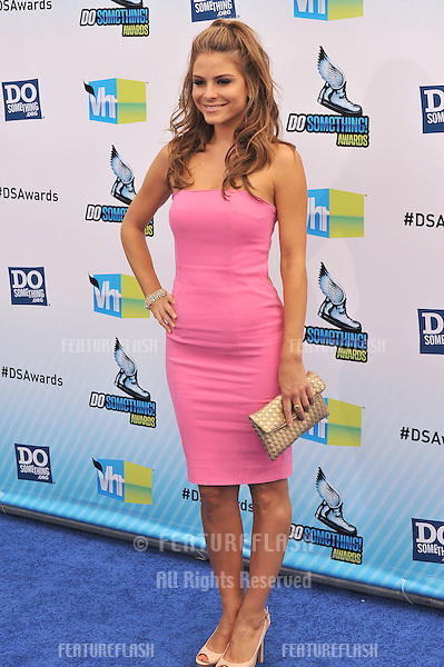 Maria Menounos at the 2012 Do Something Awards at Barker Hangar. Santa Monica Airport..August 19, 2012  Santa Monica, CA.Picture: Paul Smith / Featureflash