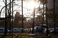 SÃO PAULO-SP-01,09,2014-TRÂNSITO/MARGINAL PINHEIROS- O motorista encontra lentidão MARGINAL PINHEIROS sentido Castelo Branco. Região Oeste da cidade de São Paulo,na tarde dessa segunda-feira,01(Foto:Kevin David/Brazil Photo Press)