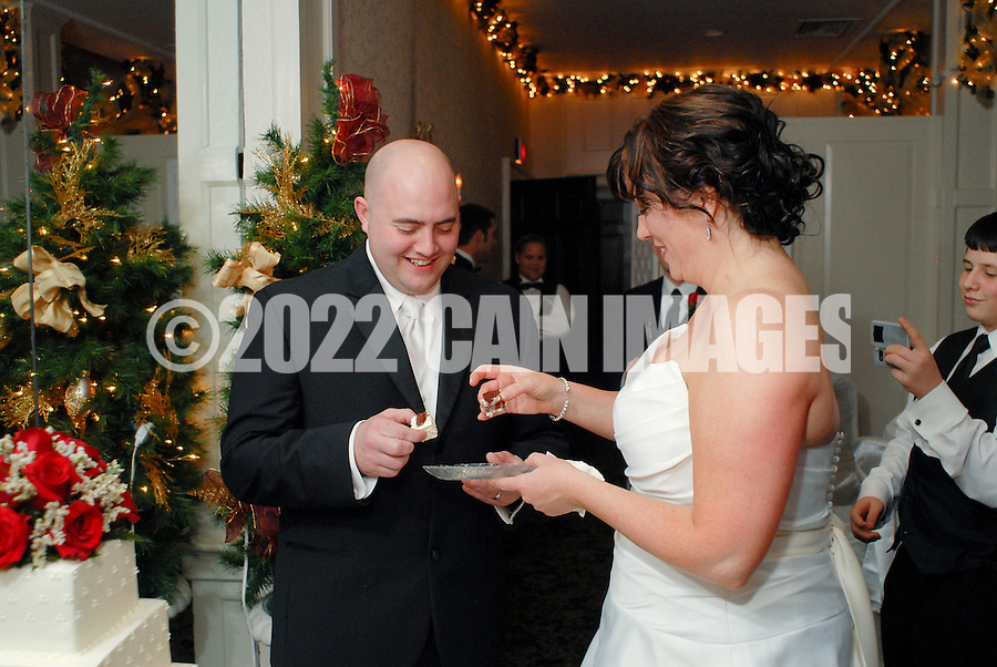 12/4/09 - 8:59:13 PM - SKIPPACK, PA: Carolyn & Michael,  December 4, 2009 in Skippack, Pennsylvania. (Photo by William Thomas Cain/cainimages.com)