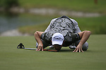 Stuart Manley (WAL) gets down low 16th green during Day 1 of the BMW International Open at Golf Club Munchen Eichenried, Germany, 23rd June 2011 (Photo Eoin Clarke/www.golffile.ie)