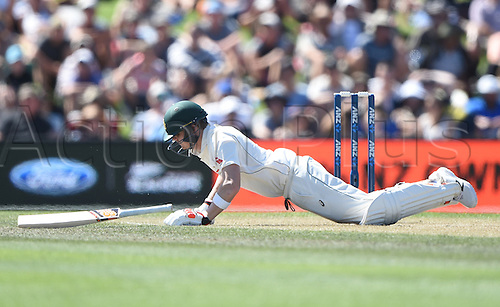 21.02.2016. Christchurch New Zealand.  Steve Smith drops to the ground after being hit by a bouncer by Wagner on Day 2 of the 2nd test match. New Zealand Black Caps versus Australia. Hagley Oval in Christchurch, New Zealand. Sunday 21 February 2016.