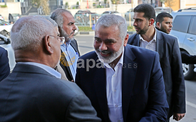 Hamas Chief Ismail Haniyeh arrives before his meeting with Palestinian faction leaders, in Gaza city on March 5, 2018. Photo by Ashraf Amra